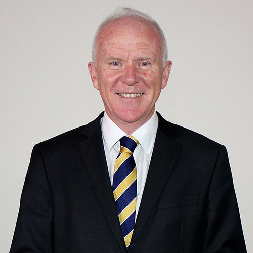 Dr Tim Smyth